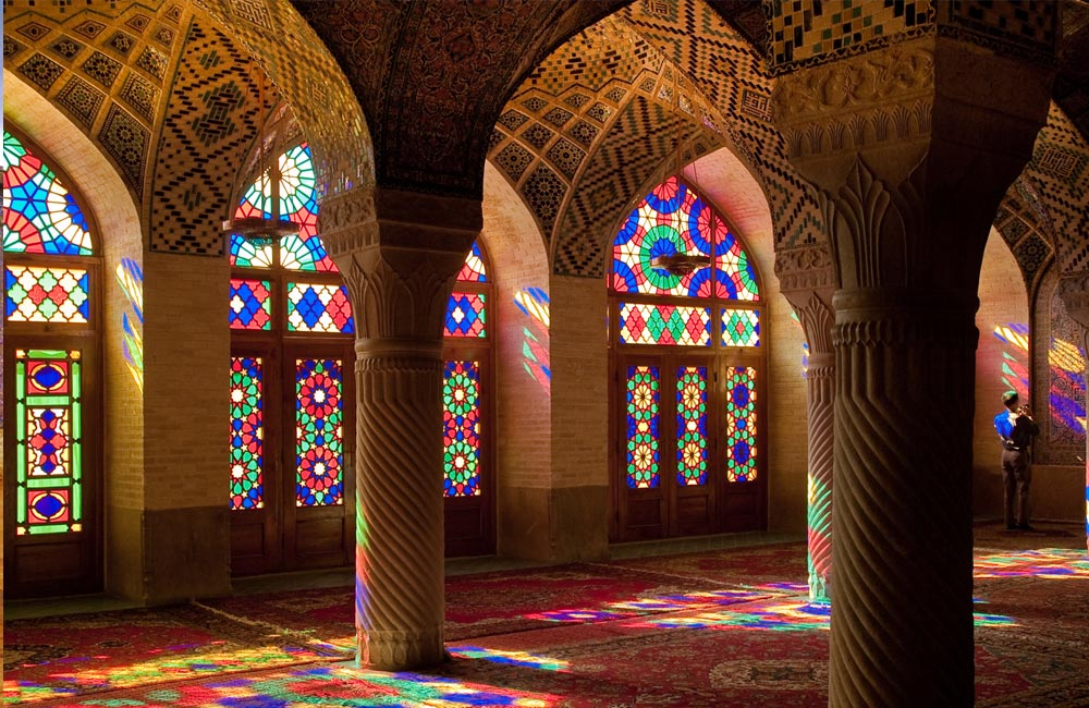 Shiraz's Hidden Gem: Masjed-e Nasir Ol Molk