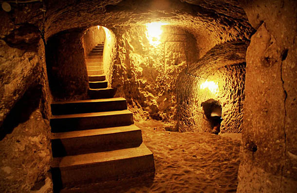 The Legendary Subterranean City of Nushabad (Ouyi) in Kashan, Iran