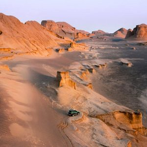 THE ANCIENT KALUT SHAHDAD DESERT