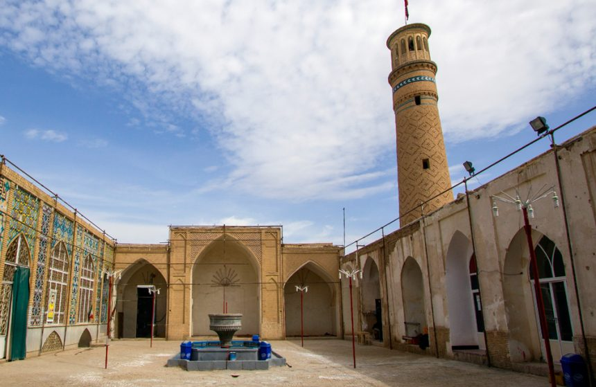 One of Iran's Oldest Historical Sites, the Rustic Jameh Mosque of Kashan