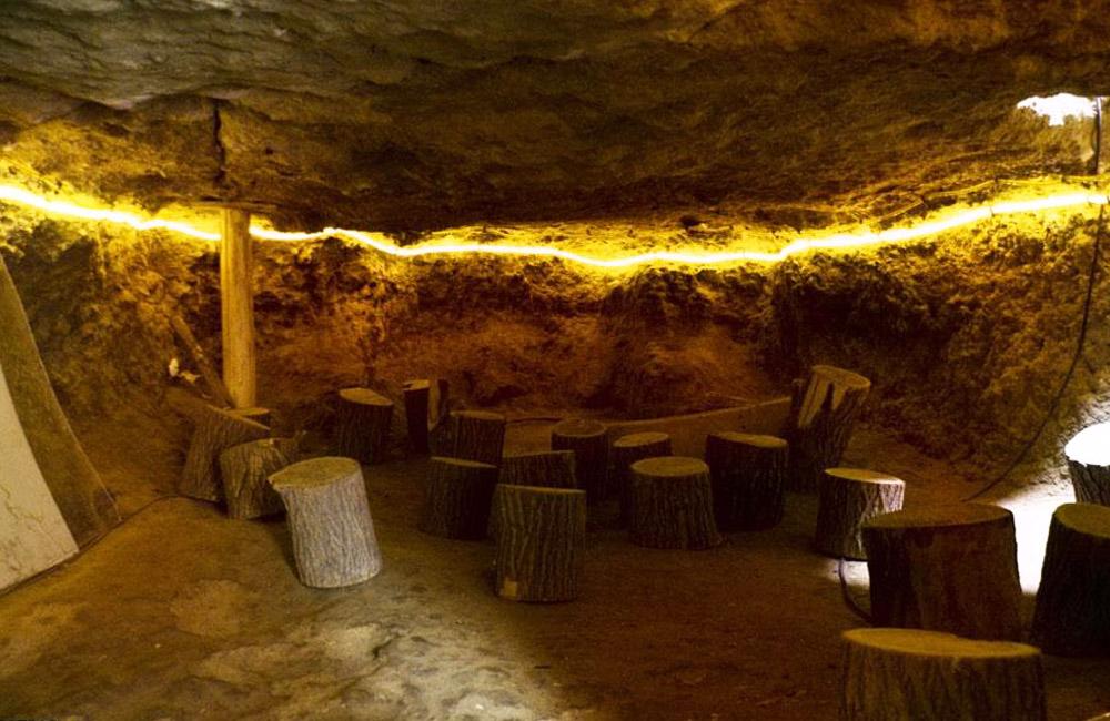 Niasar Caves near Kashan, Iran