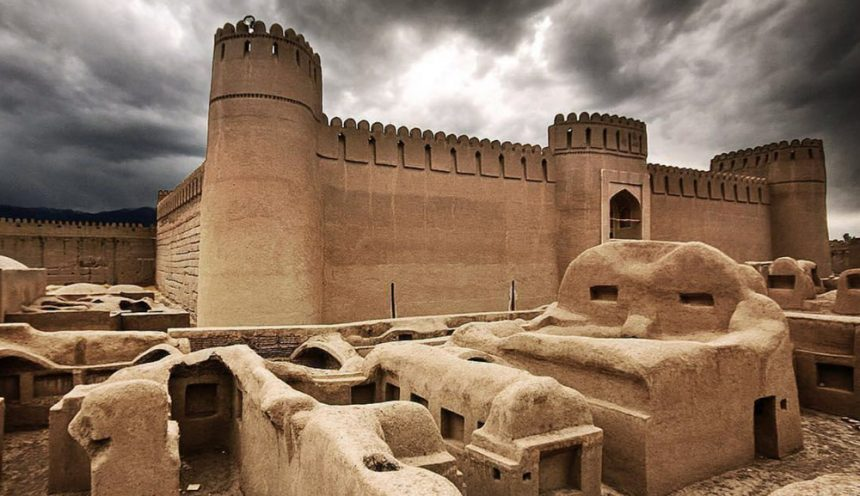 Rayen Castle, One of the World's Largest Adobe Structures to Ever Exist, in Iran