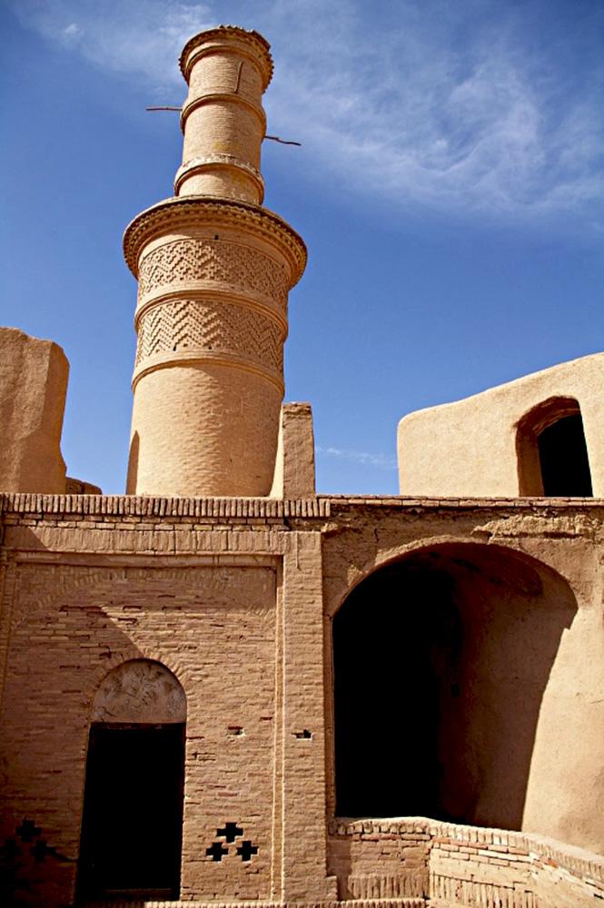 Menar-e Jonban (Oldest structures in Iran)