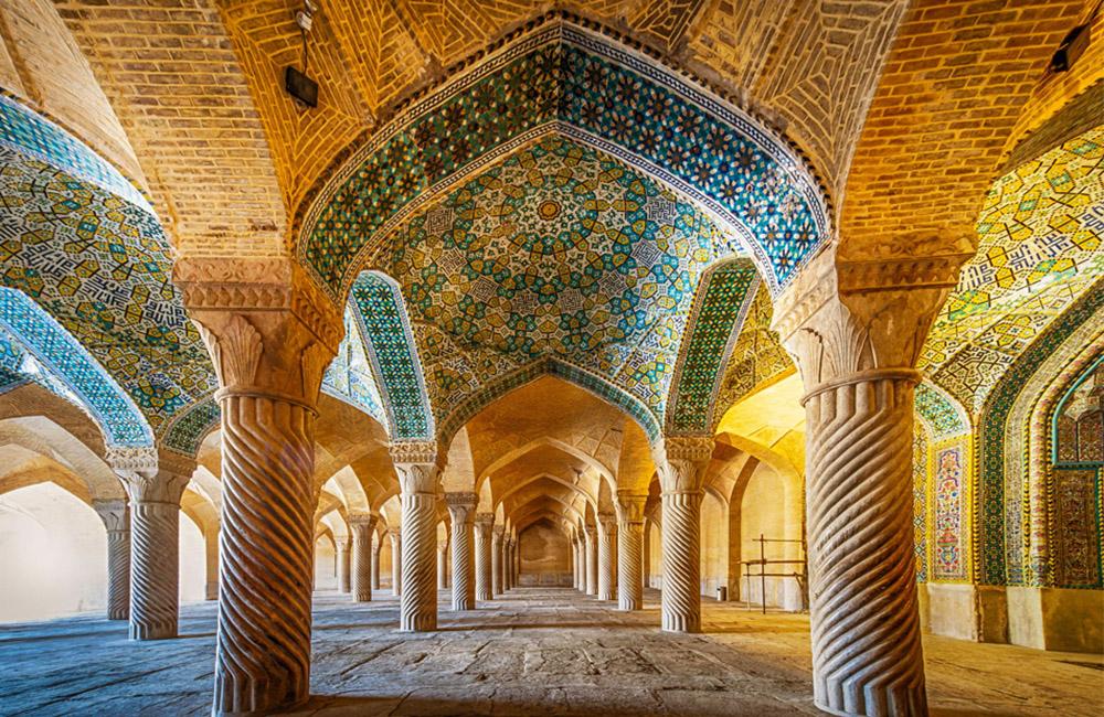 The Stunning Vakil Mosque (Masjed Vakil) in Shiraz, Iran - goingIRAN